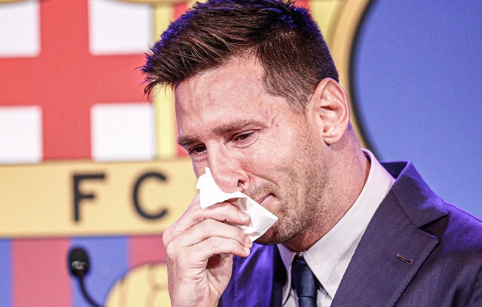 Το ασταμάτητο κλάμα του Μέσι στο «αντίο» του στην Μπαρτσελόνα... (vids)