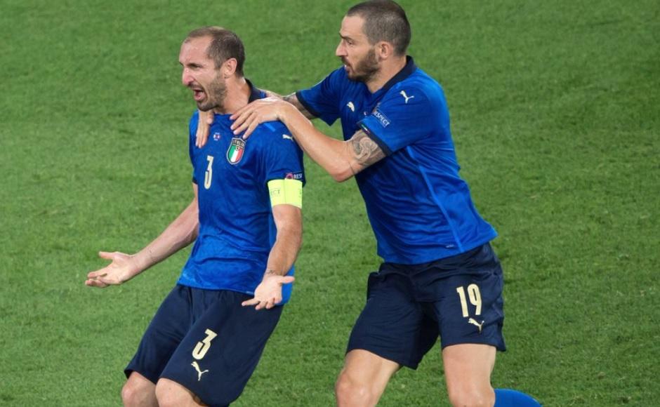 Ο τελικός άρχισε νωρίτερα: Ο Κιελίνι προκαλεί τους Άγγλους...