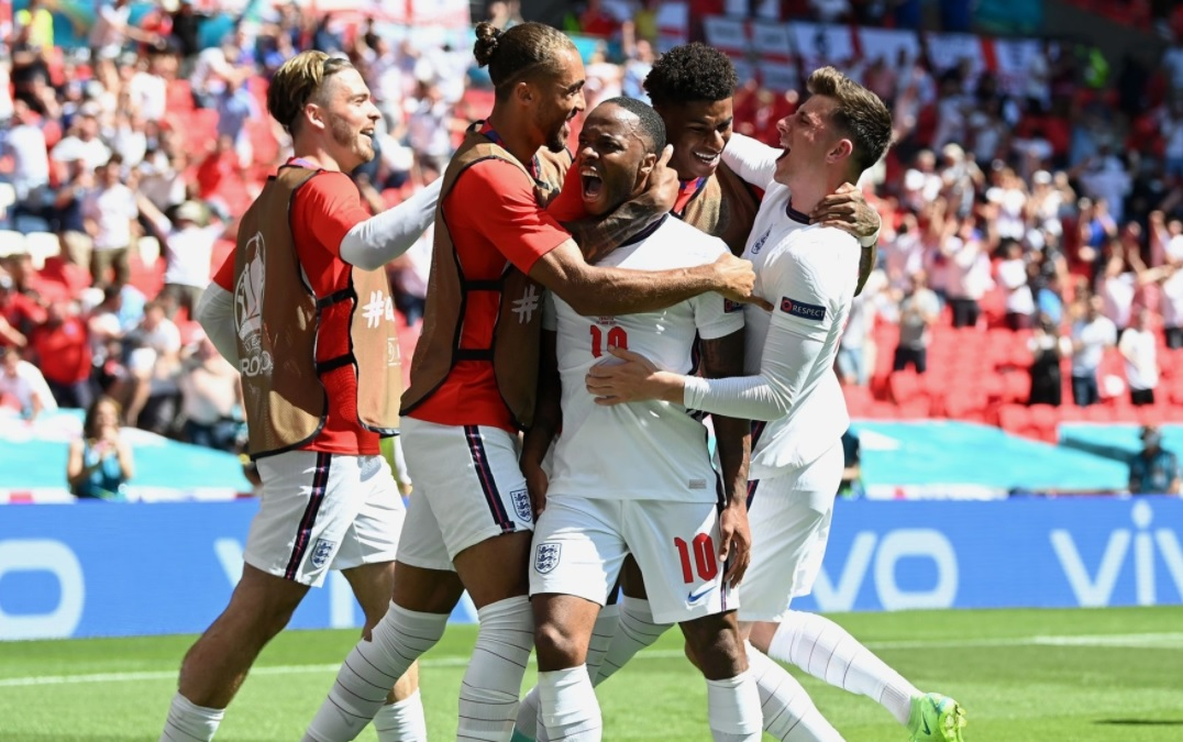 Ιστορικό πρώτο βήμα για την Αγγλία!