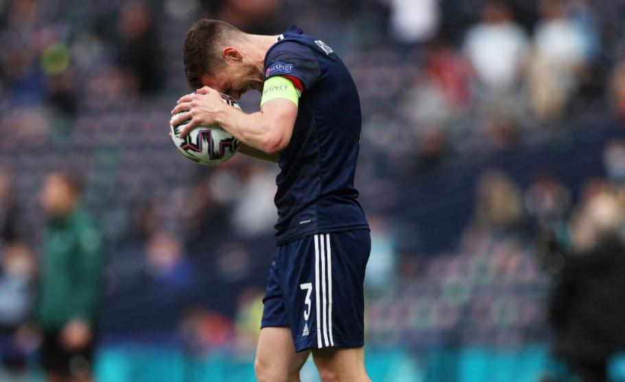 Σκωτία: Σε πιάνει θλίψη αφού δεν έχει πλέον μεγάλους παίκτες, αλλά και εκείνοι μια τρύπα στο νερό κατάφεραν!